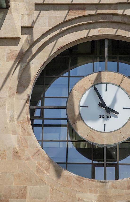 Ayuntamiento de Albacete, orologio Solari