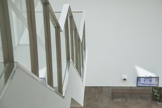 UCLM, Albacete - Edificio Polivalente -Particolare di scala sospesa