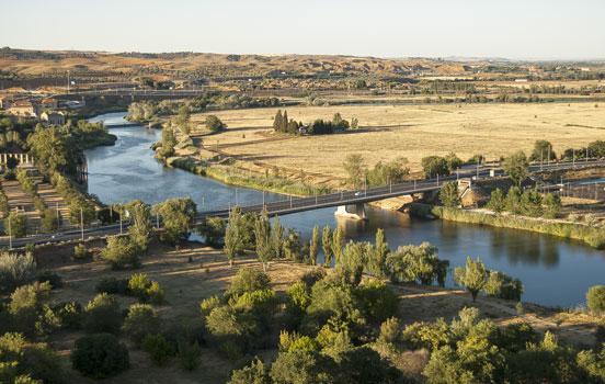 Veduta dall'alto del fiume Tago, Toledo